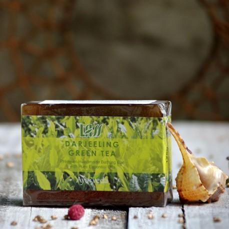 Mydło z zieloną herbatą Darjeeling Lass Naturals