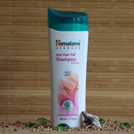 Szampon przeciw wypadaniu włosów Himalaya