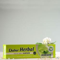 Pasta do zębów z aloesem - Dabur