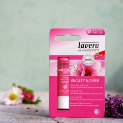 Balsam do ust z masłem shea różowa mgiełka Lavera